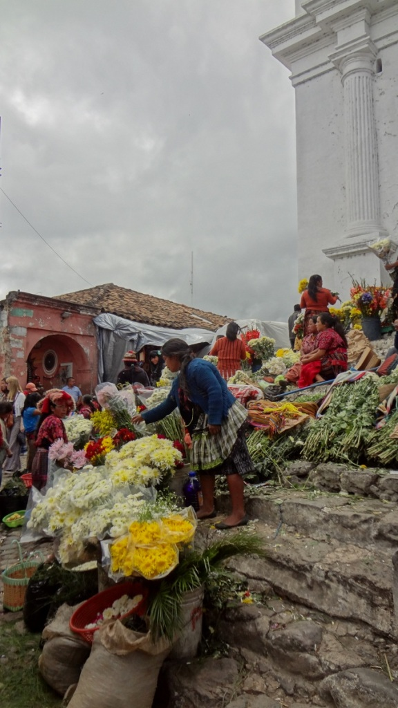 Travel Guide Antigua Guatemala Central America Chichicastenango Mayan Market