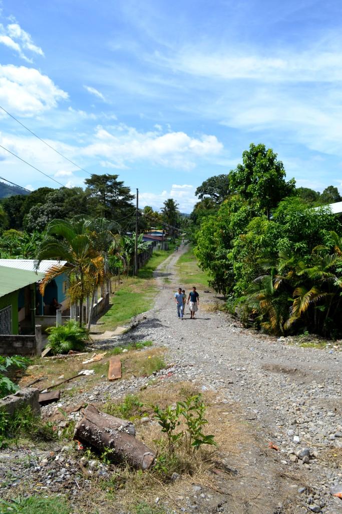 Travel Guide Lake Yojoa Honduras Central America D&D Brewery