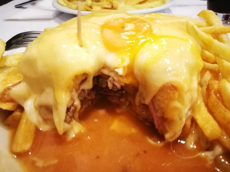 Travel Guide Port Porto Portugal City Trip Food Francesinha