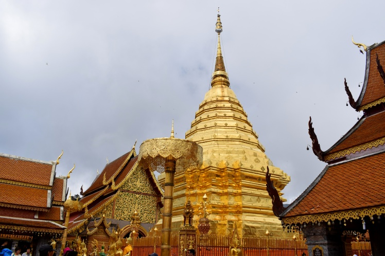 Travel Guide Chiang Mai City Thailand Wat Phrathat Doi Suthep Temple (3)