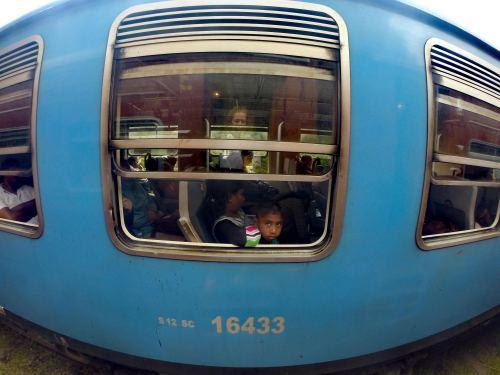 A travel guide to Ella Sri Lanka Train Ella Kandy
